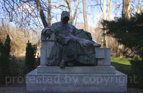 The anonymus Budapest s most famous statue of its first scribe