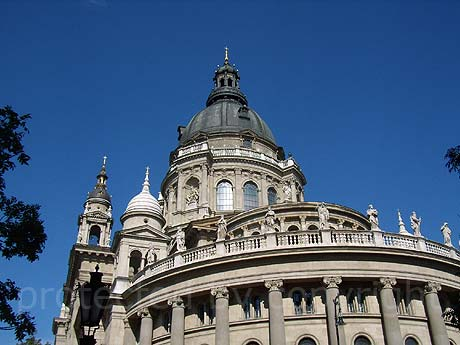 The building of saint steven basilica Budapest